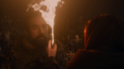 Mélisandre aidant les dothrakis