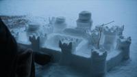 Sansa construit une réplique de Winterfell dans la neige