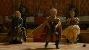 Le nain de Joffrey gagne contre celui de Robb