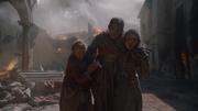 Arya fuyant avec Nora