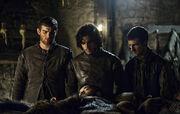 Jon, Grenn et Pypar menacent Rast