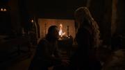 Jon tentant de réconforter Daenerys