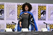 Натали Эммануэль Comic Con 2017