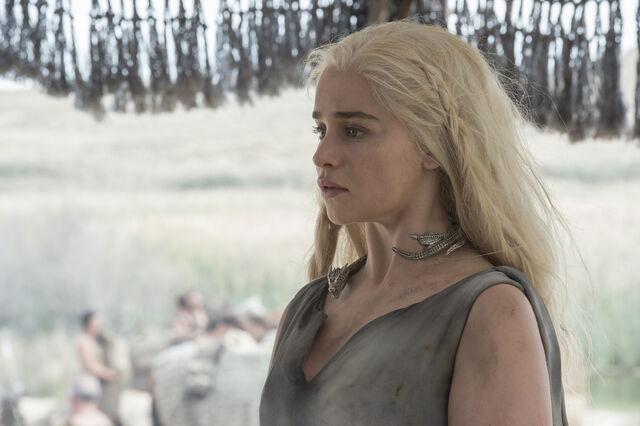 File:Game of Thrones Season 6 26.jpg