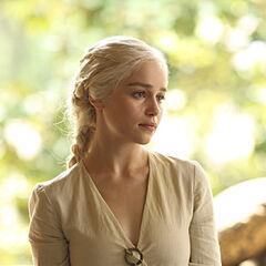 Daenerys po przybyciu do miasta Qarth.