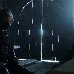 Tyrion z Yorenem w Czarnym Zamku.