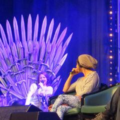 Gemma darf ENDLICH auch mal auf dem Thron sitzen!