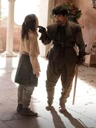 Arya-Stark-and-Syrio-Forel-house-stark-24506825-903-1199