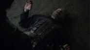 Арья убивает Полливера 4x01 1