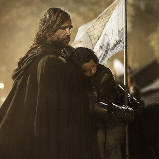 Sandor schützt Arya und reitet davon