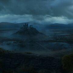 Die Burg Maidengraben und der Königsweg.