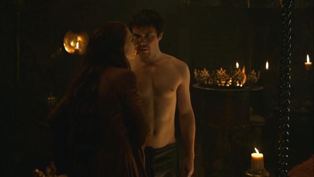 File:Melisandre seducing gendry.png