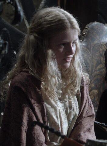 File:Myrcella Baratheon 1x02.jpg