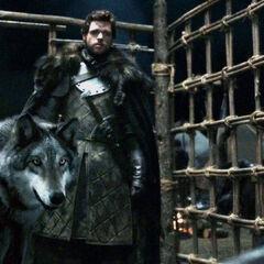 Robb Stark threatens Jaime with Grey Wind.