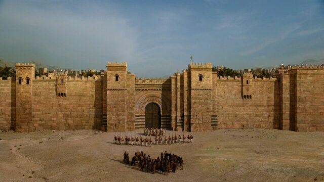 File:Qarth walls.jpg