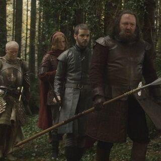 Ser Barristan towarzyszy królowi Robertowi podczas polowania.