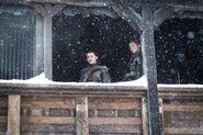 Арья и Санса на балконе 7x06
