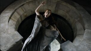 Game-Of-Thrones-S4Ep7-Mockingbird-Review-Kate-Dickie-as-Lysa-Arryn-thrown-out-of-the-moon-door