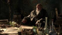 Пицель за столом 1x04
