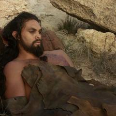 Bezwładny Drogo.
