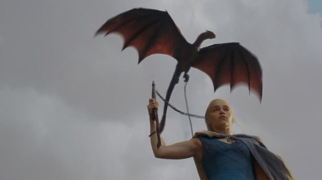 File:Drogon flying S3E4.jpg