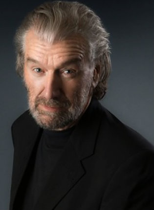 Clive Russell height