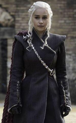 Daenerys Dragonpit