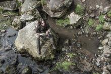 Арья на камне 4x03