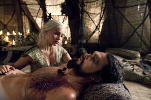109 Daenerys Drogo 01