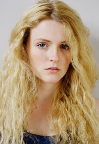 File:Aimee Richardson.png