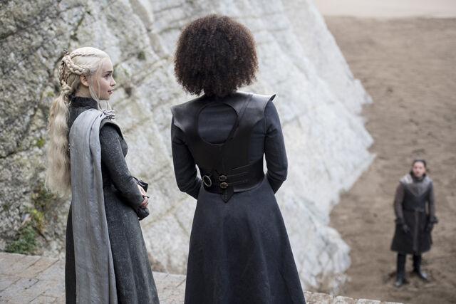 File:Daenerys-Missandei-Spoils-of-War.jpg