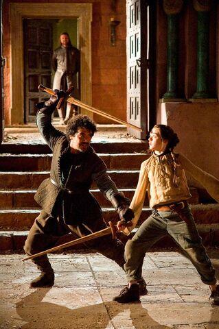 File:Arya, Ned and Syrio 1x03.jpg