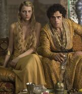 509 Trystane and Myrcella in Dornish dress