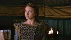 Margaery funnel dress 1