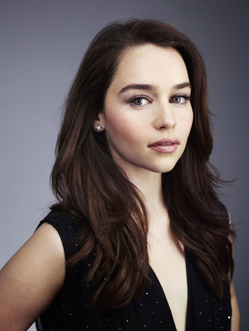 Emilia Clarke Game Of Thrones Wiki Fandom Powered By Wikia