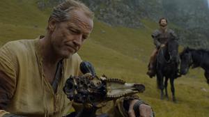 601 DieRoteFrau Jorah Mormont und Daario Naharis