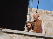 Варис и Тирион на съемках в Пеньисколе