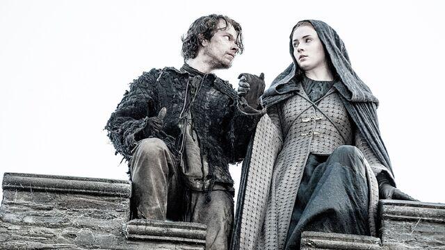 File:Theon-and-Sansa-S05E10.jpg