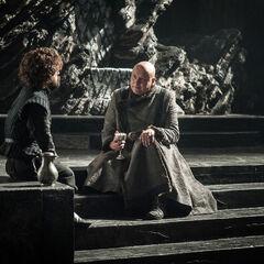 Varys recounts Aerys to Tyrion.