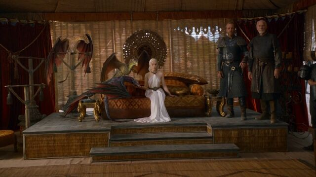 File:Dany and Dragons S3E7.jpg