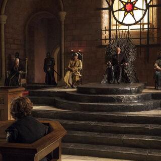 Tyrions Gerichtsprozess in der Großen Halle
