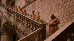 Spice king on steps