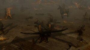 704 Bronn bedient die Ballista