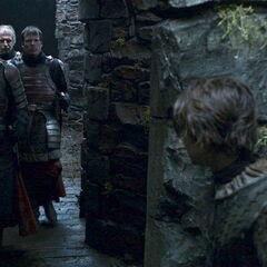 Arya chowa się przed Jaqenem.
