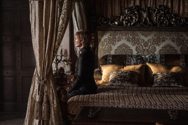 File:Cersei Eastwatch.jpg