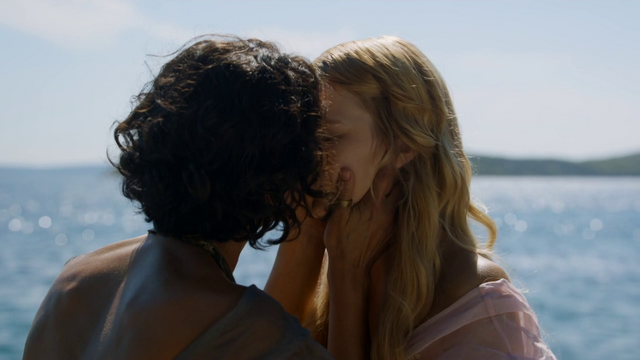 File:Myrcella-ellaria-kiss.png