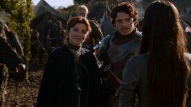 Catelyn returns