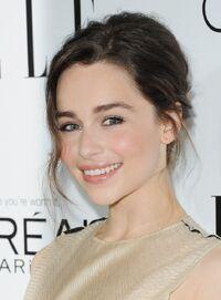 Emilia-Clarke(1)