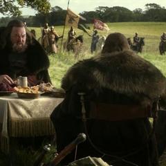 Robert Baratheon und Eddard Stark in der Nähe des Königswegs.