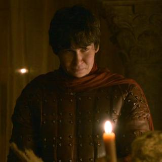 Podrick durante o encontro entre Tyrion e Cersei.